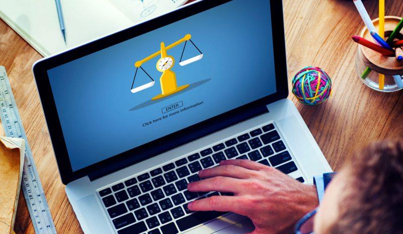 ¿Qué mínimos legales debe cumplir mi página web?