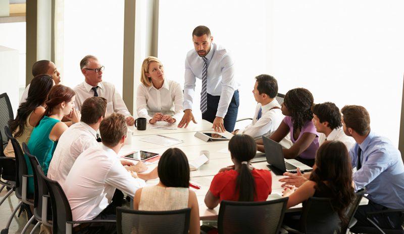 Cómo hacer reuniones más efectivas con la tecnología