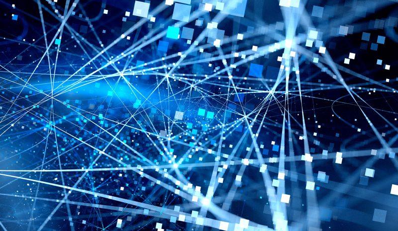 Valora los riesgos de conectarte a una red publica: Utiliza VPN