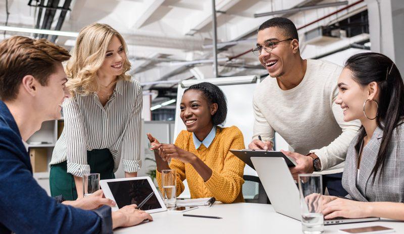 El cambio de paradigma en el entorno laboral y cómo poner en el centro a las personas