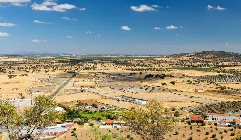 La despoblación rural preocupa a los gobiernos y las empresas tienen la clave apostando por el trabajo en remoto